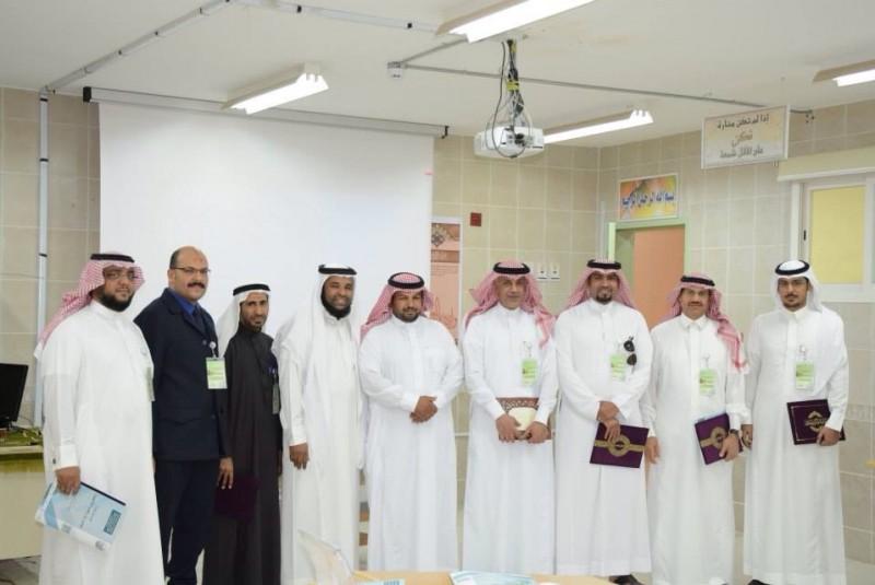 وحدة تطوير مدارس الأحساء ( بنين ) تنفذ ورشة عمل لتدشين جائزة كيانات تطوير