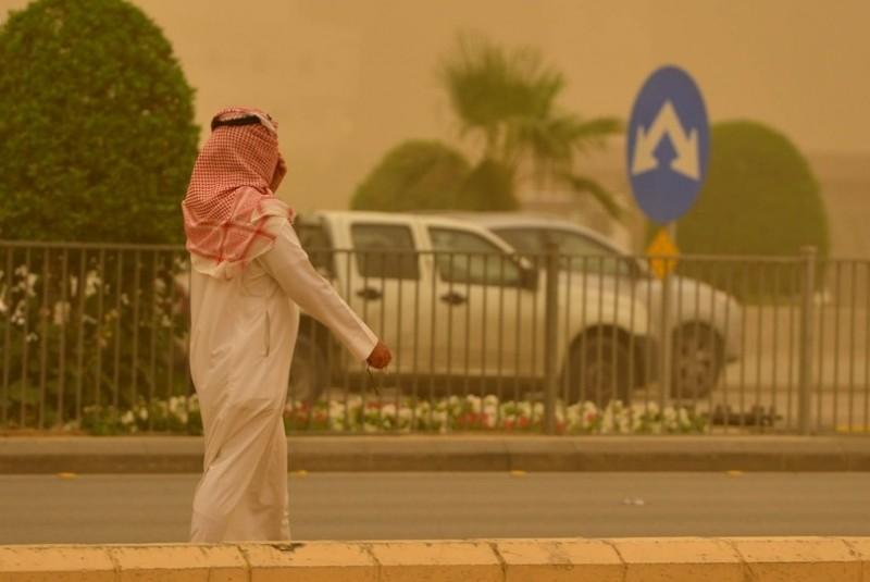 """بالصور.. الإنتهاء من صب الأعمدة الخرسانية في الجزء الغربي بمشروع """"قطار الرياض"""""""