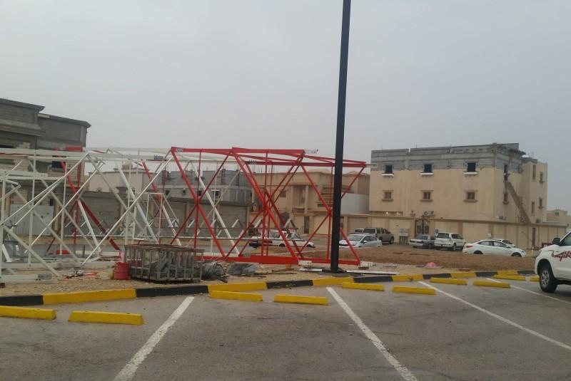 بالصور .. يحدث في #الاحساء فقط : إلحاق مجمع بنات بمبنى بنين دون تغيير المسمى