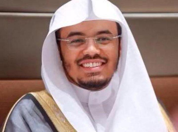 """بالفيديو .. تلاوةٌ عذبة لـ """"ياسر الدوسري"""" بالمسجد الحرام في أول أيام رمضان"""