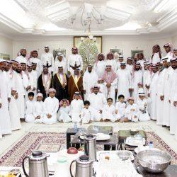 """مجلس أسرة """"النافع"""" يستقبل المهنئين بالعيد"""