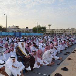 خادم الحرمين يستقبل أصحاب السمو الأمراء والمفتي وكبار المدعوين و المشاركين في الحج