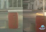 """استاء سكان حي الراشدية بمدينة المبرز بمحافظة الأحساء ، وتحديداً  في شارع المدينة قرب مركز صحي """"الراشدية"""" القديم ، من حفرة تركت على حالها منذ نحو سبعة أشهر ، يقول السكان أنها تابعة لأحد مقاولي إدارة المياه .. فهل من منصف لسكان الحي ، مراقب ,"""