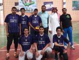 بالصور .. تنمية المهارات الأساسية في كرة الطائرة و العمل بروح الفريق بتعليم الأحساء