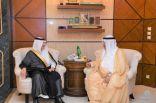 أمير #الشرقية يلتقي رئيس اللجنة المنظمة لمعرض الكويت للطيران