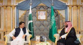 ولي العهد يتلقى اتصالا هاتفيا من رئيس الوزراء الباكستاني