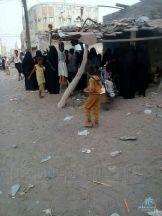نساء #حي_غليل بالحديدة يثورون ضد الحوثيين … ويطالبونهم بسرعة الخروج منها