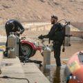 بالصور .. فرقة غواصين سد وادي نمار يشاركون مدني الرياض في إنتشال جثة غريق