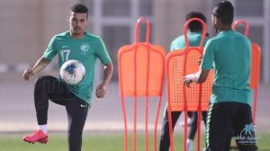 المنتخب السعودي للشباب يبحث عن حسم التأهل أمام الجزائر