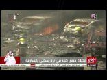 شاهد بالفيديو .. إندلاع حريق كبير في برج سكني في الشارقة