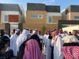 """""""وزير الإسكان"""" يتفقد المشاريع السكنية بالمنطقة الشرقية"""