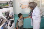 عيادة الجلدية في العيادات التخصصية السعودية تعالج 932 لاجئاً سورياً بالزعتري