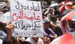 الحوثيون يستغلون توقف عاصفة الحزم لاقتحام مقر لواء بتعز.. والطيران السعودي يرد بسبع غارات